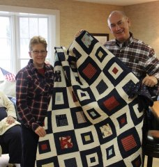Janet gifting quilt.jpg